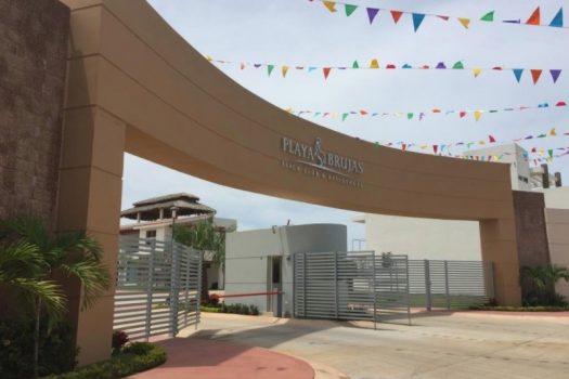 lotes para desarrolladores en venta en Playa Brujas mazatlán